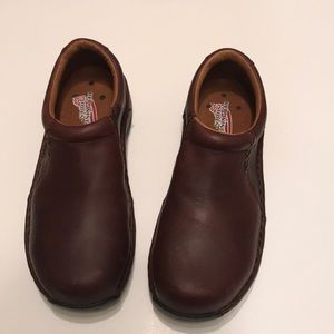 Like new Red wings steel toe shoes